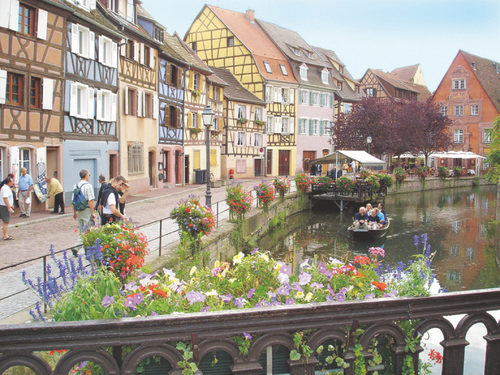 Colmar in the Alsace-Region: romantic day trip from carathotel Basel Weil am Rhein
