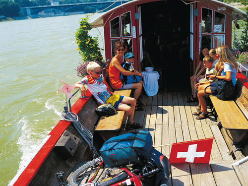 Family trip on the Rhine ferry