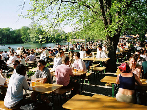 Beergarden in Munich: Seehaus in the English Garden