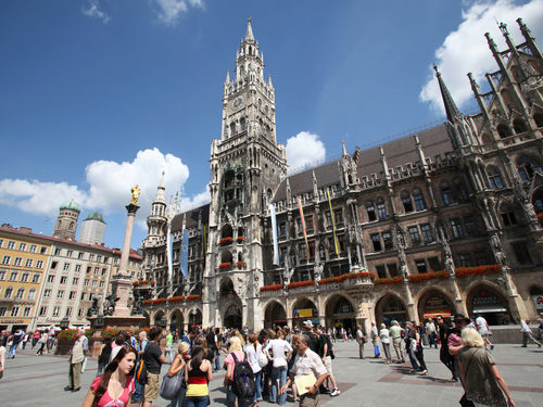 Munich Marienplatz Town Hall and Glockenspiel